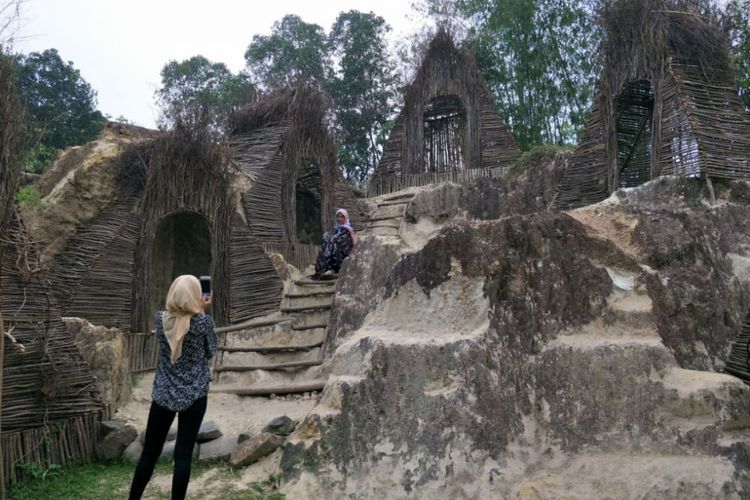 Spot Pre Wedding Baru Instagramable di Tebing Koja