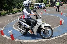 tips mengedari kendaraan roda 2