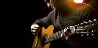 jadikan gitar teman untuk menghadapi kejenuhan