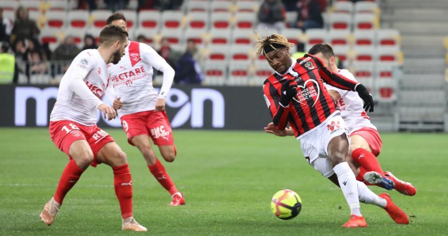 AC Milan Niat Beli Allan Saint-Maximin!